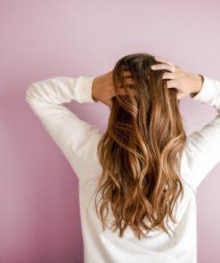 Haarpflege (Wirkstoffe für Shampoo, Festiger und Co.)